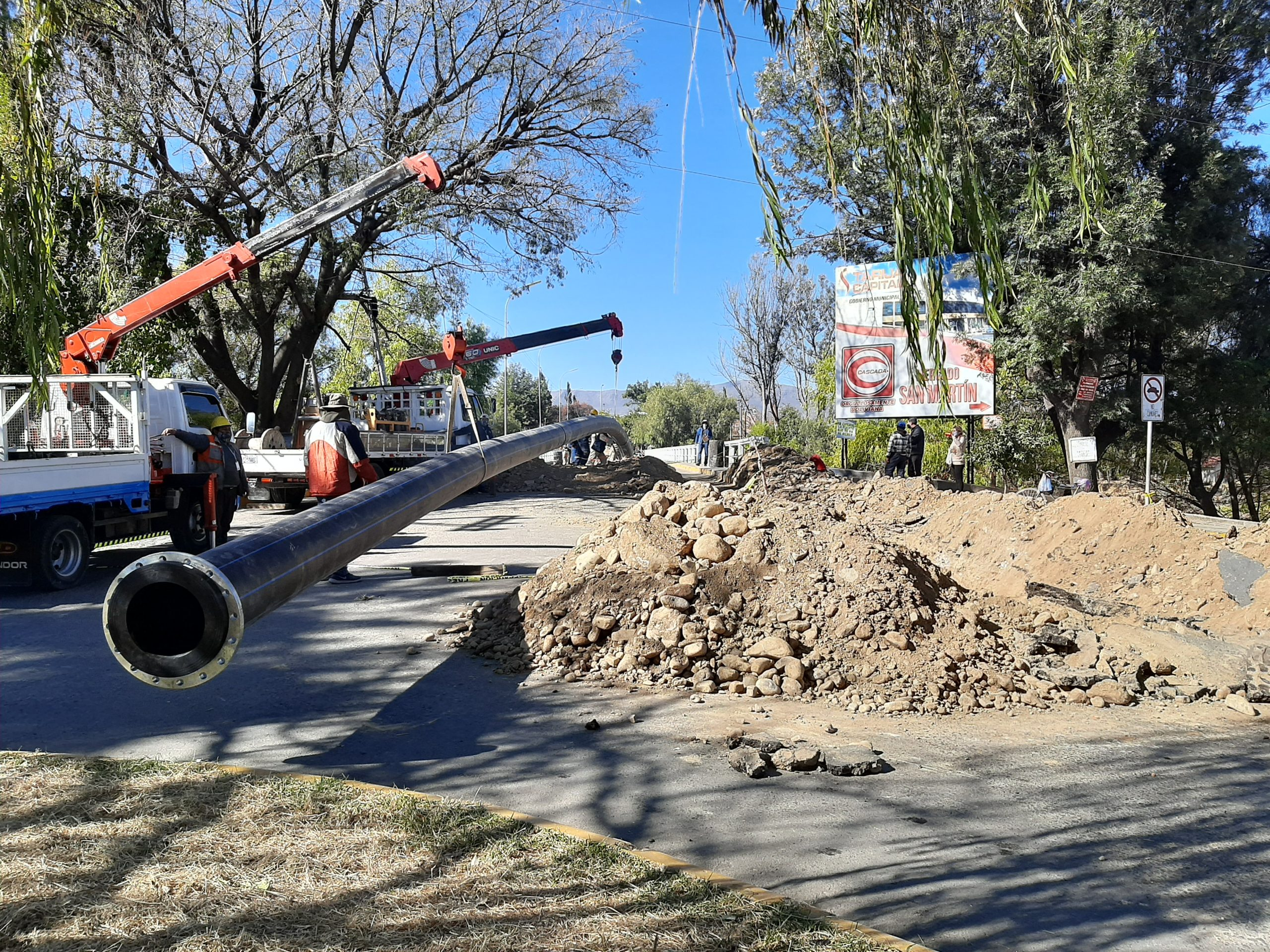 COSAALT instala Supertubo HDPE para restablecer el servicio de agua en Tarija